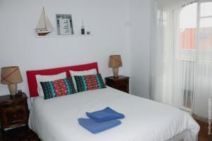 Ljmonade Hostel: quarto com duas cama de casal