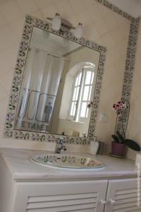 Ljmonade Hostel: um dos banheiros compartilhados