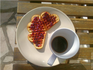 Hotel em Cascais): waffle no café da manhã
